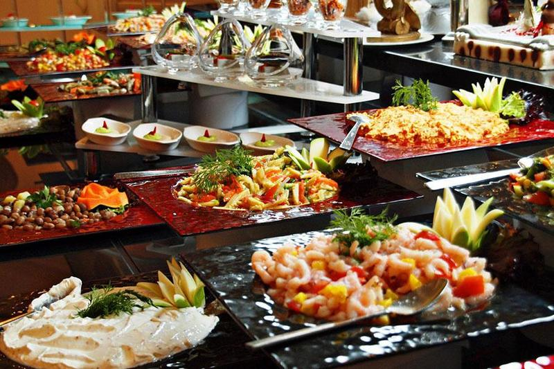 Tổ chức tiệc Buffet - Bạn đã ăn buffet đúng cách chưa?