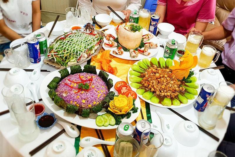 Dịch vụ nấu ăn tại nhà: Ưu điểm và những điều cần lưu ý