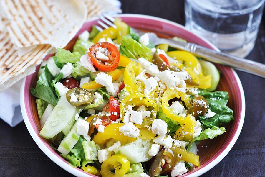 4 món khai vị salad trộn cực hấp dẫn khi tổ chức tiệc mừng thọ quận 1